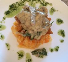 filo basket with wild mushroom and spinach ragout